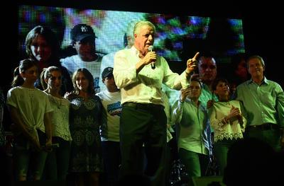 """Jorge Zermeño Infante, candidato del PAN a la presidencia municipal de Torreón, agradeció el apoyo y la confianza de los ciudadanos y aseguró que """"no les vamos a fallar""""."""