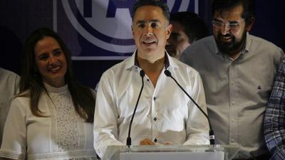 Guerrero reconoció también que el voto no le favoreció y dijo que de acuerdo a información que él tenía el resultado se inclinaba a favor de Anaya, aunque no precisó números.