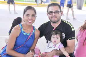 04062017 Graciela, Erick y Sara Sofía.
