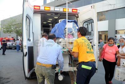 Se comenzó solicitar el apoyo de Cruz Roja, Cruz Verde y de otras empresas privadas para que ayudaran a trasladar a los pacientes a otros hospitales.