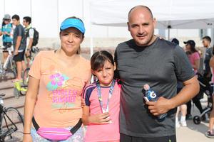 06062017 Cristina, Daniela y Daniel.