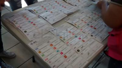 En el Comité Municipal se recuentan los votos por la alcaldía de Torreón.