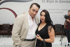 07062017 Enrique Sada y Jennifer Rosales.