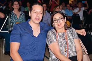 07062017 EN RECIENTE EVENTO.  Gerardo y Sandra.