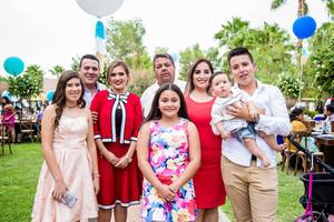 Familia Izaguirre, Wendy, Rigel y Fernando Flores