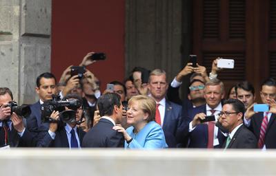 En un comunicado, expuso que esta visita oficial responde a la invitación que el presidente Enrique Peña Nieto le extendió durante su visita de Estado a Alemania, en abril de 2016.