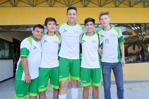 10062017 DEPORTISTAS.  Salim, Sergio, José, Adrián y Juan.