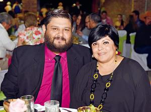 10062017 EN RECIENTE EVENTO.  Pedro y Cecilia.