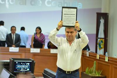 Miguel Riquelme obtuvo 2.44% más votos que su contrincante Guillermo Anaya.