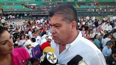 Riquelme Solís acudió en compañía del líder nacional del Partido Revolucionario Institucional (PRI), Enrique Ochoa Reza.