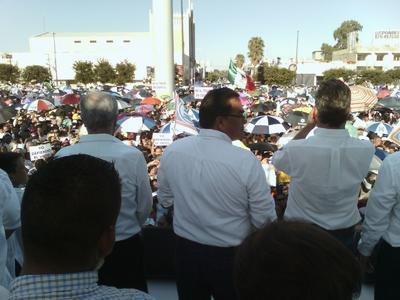 La ciudadanía hoy se está manifestando que esta flama de la indignación se apague , vamos a estar haciendo labores de resistencia civil pacífica para que todo México voltee a ver a Coahuila y lo que sucedió en este retroceso de la democracia de más de 30 años, y no vamos a dejar por ningún motivo que se roben esta elección.