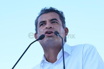 """""""Todo el priismo nacional se siente orgulloso del priismo de Coahuila. Esta victoria se la debemos a todos los ciudadanos que votaron"""", dijo Enrique Ochoa, líder nacional del PRI."""