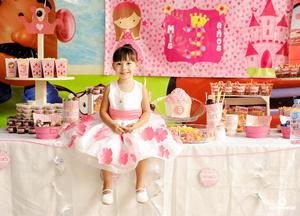 11062017 CELEBRA TRES AñOS DE VIDA.  La pequeña Bárbara en su fiesta de cumpleaños.