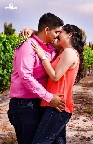 11062017 Israel de la Cruz Aguilera y Liliana Montoya Luna contraerán matrimonio el 30 de septiembre. -  Erick Sotomayor Fotografía