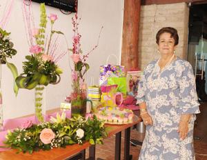 12062017 CELEBRA UN AñO MáS DE VIDA.  Rosita de Lara de González.