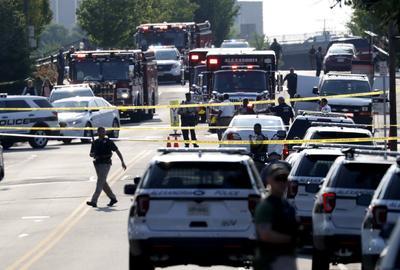 Un desconocido realizó un ataque a balazos durante un juego de beisbol en Alexandria, Virginia.