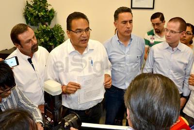 """El también indpendiente Javier Guerrero aseguró que lo coahuilenses han despertado y """"el fraude no podrá llevarse a cabo""""."""