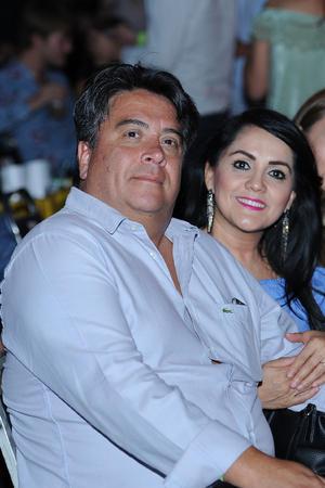 15062017 EN PAREJA.  Ricardo y Verónica.