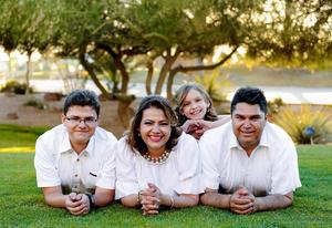 15062017 Antonio Franco y Elsa Ortega con sus hijos: Luis Antonio e Isabella Franco Ortega.