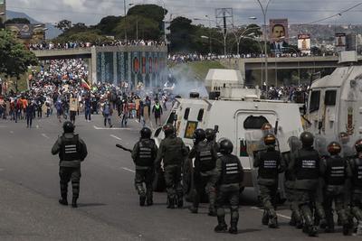 Según denuncias, dispararon al menos 10 veces contra los manifestantes.