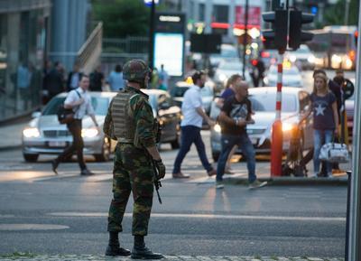 Un explosión de baja intensidad, no causó heridos en la Central de Bruselas.