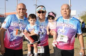 21062017 Mario Domínguez, Guillermo Domínguez Gallegos, Guillermo Domínguez Arellano, Mateo y Paulina.