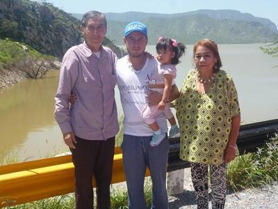 22062017 Familia Quiñones.