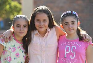 22062017 María, Mariana y María Renné.