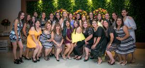 23062017 La novia con las organizadoras.