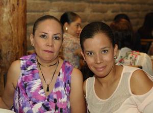 Sisi Ceniceros y Gisel Ramírez