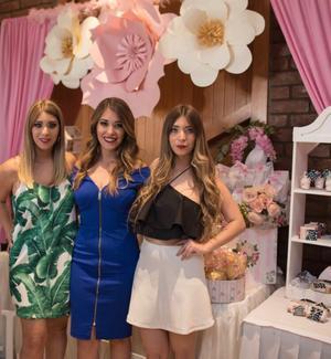 Linda, Paola y Fernanda.jpeg