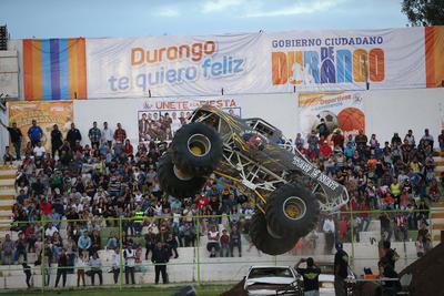 """El """"rugir"""" de los motores mantuvieron atentos a los espectadores."""