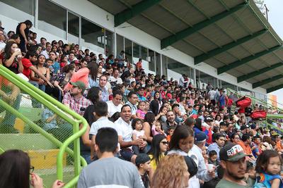 Miles de duranguenses disfrutaron de un espectáculo lleno de grandes emociones.