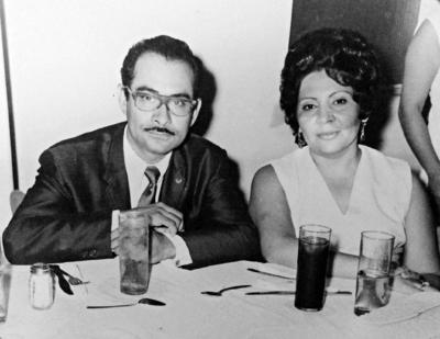 25062017 José Vargas y su esposa, Beatriz.