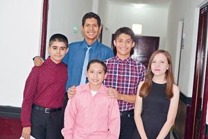 25062017 Luis Alfredo, José, Mario, Fernando y Karla.