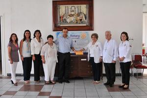 26062017 DONATIVO.  Entrega de donativo por parte del Comite de Damas del Club Rotario Torreón al Seminario de Torreón.