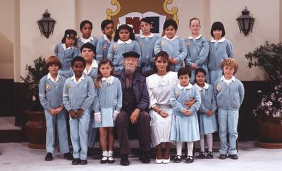 La telenovela infantil Carrusel fue producida por Valentín en 1989, en la cual Ludwika Paleto despegó su carrera como actriz.