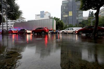 El Gobierno de la Ciudad de México publicó en su cuenta oficial de Twitter que el segundo piso será gratuito debido a las lluvias capitalinas, sin embargo no se dio mayor información.