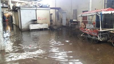El nivel del agua alcanzó unos centímetros al interior del Excuartel Juárez.