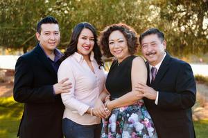 01072017 UN AñO MáS DE VIDA.  Bertha Alicia Carrillo de Salas con su esposo, Gerardo Salas de la Cruz, y sus hijos, Ana Cristina y Alfonso Salas Carrillo, en su festejo de cumpleaños.