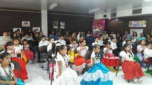 02072017 Presentación de la obra musical Qué plantón el 30 de junio por parte de los niños de primaria del Colegio América.