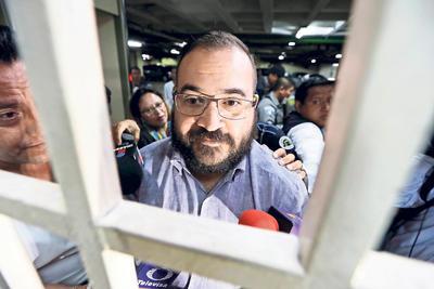 A partir de la tercera audiencia, Javier Duarte mostraba un cambio en su imagen personal, de igual manera ya no era presentado con chaleco antibalas.