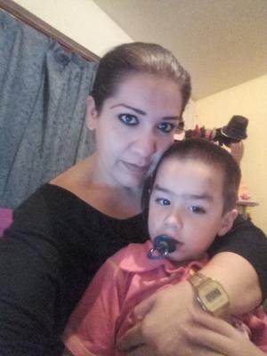 06072017 Alejandra con su hijo, Paquito.
