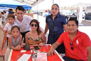 06072017 CONVIVEN.  Familia Hernández Vega.