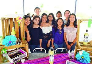 07072017 ENTRE AMIGOS.  Michelle, María, Cynthia, Ana, Frida, Fernanda, Tomás, Jaime y Adrián.