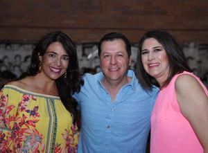 Marcela, Gabriel y Martha