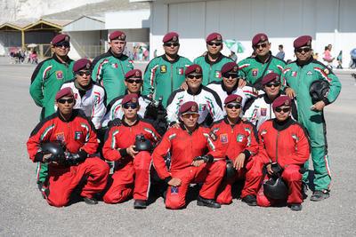 Los participantes fueron 16 miembros de la Fuerza Aérea Mexicana y de los Estados Unidos.