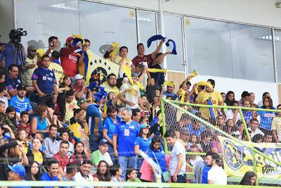 Al finalizar el partido, los aficionados del América y Cruz Azul salieron con la sonrisa en los labios.