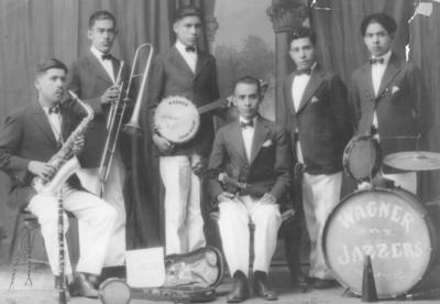 09072017 Grupo musical, hace varias décadas.