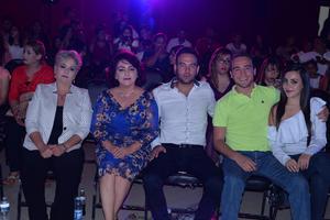 09072017 EN RECIENTE EVENTO.  Elizabeth, Carolina, Manuel, Juan de Dios y Jaqueline.